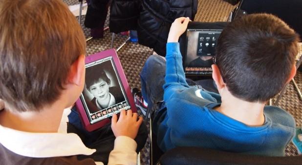 niños en internet